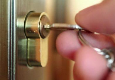 Obavezno zaključavajte ulazna vrata!